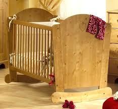 chambre bébé bois naturel lit enfant bois brut lit enfant bois massif lit de bebe en bois