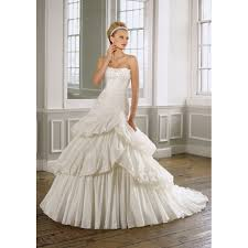 classical traditional taffeta layered skirt strapless wedding
