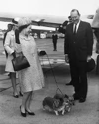 The Queen S Corgi 90 Years Of Queen Elizabeth Looking Lovingly At Corgis Racked