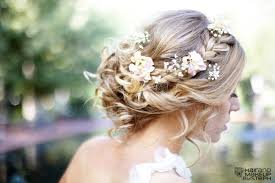 bridal flowers for hair how to wear flowers in your hair inspiration for the boho