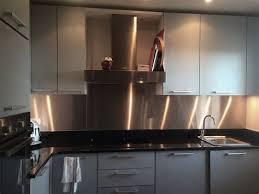 cuisines inox revetement mural cuisine inox 9 micro onde hotte pour