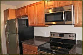 kitchen cabinets with backsplash countertops colours for kitchens home depot ceramic tile