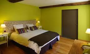 couleur chaude chambre décoration chambre couleur kaki 96 colombes dressing idee deco