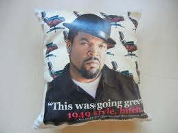 how to make personalized photo pillows for your friends and