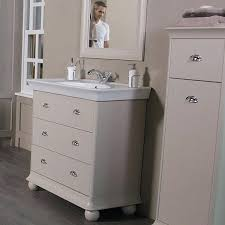 Bathroom Vanities Brisbane Vanities Cassellie Chartwell Vanilla Traditional 2 Door Vanity