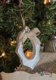 diy 1 frame ornaments shanty 2 chic