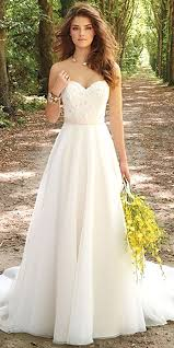 white dress for wedding best 25 simple wedding gowns ideas on simple