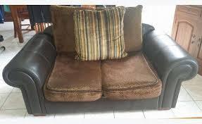 canapé cuir et tissu canapé cuir et tissu annonce meubles et décoration mayotte