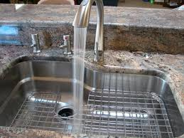 Stainless Steel Grid For Kitchen Sink by Best 25 Kitchen Sink Price Ideas On Pinterest Outdoor Garden