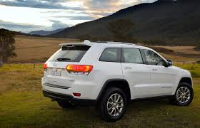 jeep grand cherokee interior 2013 2013 jeep grand cherokee review caradvice
