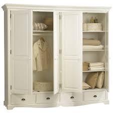 grande armoire chambre armoires de chambre armoire chambre coucher dco des ides pour
