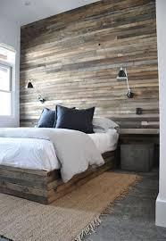 mur de chambre en bois tête de lit en bois de grange à fabriquer