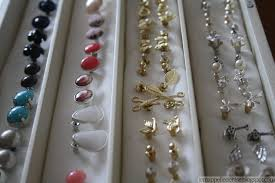 how to make an earring holder for studs 18 funky storage ideas for your accessories