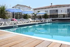 chambres d hotes la cotiniere ile d oleron hotel avec piscine chauffee ile d oleron piscine avec terrasse et