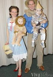 Halloween Costumes Wizard Oz Dorothy Cowardly Lion Sibling Halloween Costume Idea