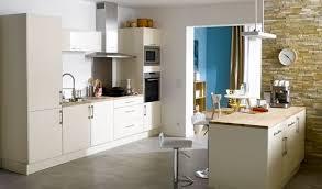 cuisine avec mur en mur en cuisine rutistica home solutions