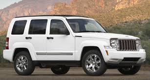 chrysler face off 2011 dodge nitro vs 2011 jeep liberty