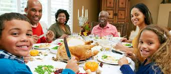 7 thanksgiving family traditions to start this year