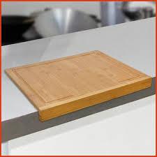 plan de travail en bambou pour cuisine planche pour plan de travail cuisine awesome planche découper en
