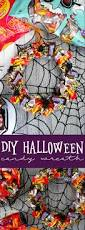 parents eat halloween candy diy halloween candy wreath living la vida holoka