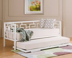 White Metal Daybed Bedroom Excellent White Metal Daybed With Trundle By