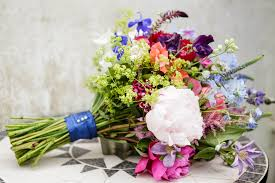 common wedding flowers avoid common wedding flowers mistakes with preparation advise