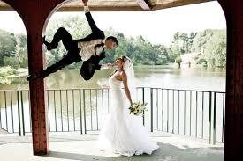 photo de mariage originale 1001 idées pour une photo de mariage originale et hors du commun