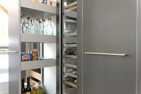 apothekerschrank k che dk das küchenhaus benedikt halbe küchenstudio schürmann in olpe
