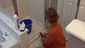Best Thing To Clean Shower Doors Bath Glass Door Cleaner Clean Bathroom Glass Doors The Easy