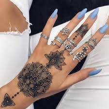 60 simple henna tattoo designs to try at least once lotus