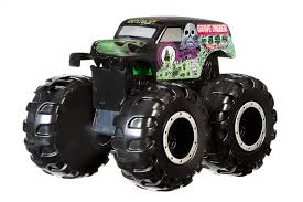 monster mutt monster truck videos wheels monster jam trucks amazon co uk toys u0026 games