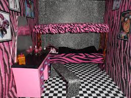 Monster High Room Decor Ideas Monster High Draculaura Bed Vnproweb Decoration