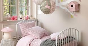chambre grise et poudré une chambre de fille pour voir la vie en chambre de
