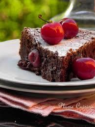 une plume dans la cuisine gâteau chocolat cerises au rhum une plume dans la cuisine