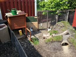 How To Build A Rabbit Hutch Out Of Pallets 15 Best Images About Pets On Pinterest Bunnies Outdoor Play