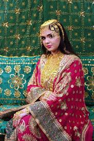 wedding dress qatar traditional dress of qatar arabian endowment