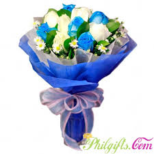 white blue roses philgifts white and blue bouquet blue to
