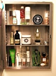 Organize Medicine Cabinet The Best Beauty Product Organization Tips And Tricks Glamour