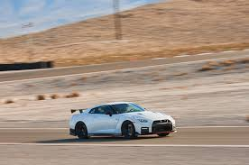 nissan gtr nismo 2018 2017 all stars contender nissan gt r nismo automobile magazine