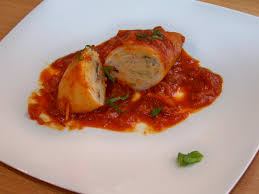 comment cuisiner le calamar calamars farcis en sauce tomate les recettes de sergio