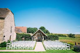 Kingscote Barn Reviews Dan U0026 Alice Kingscote Barn Wedding Photographer Albert Palmer