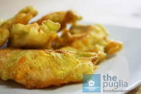 fiori di zucca fritti in pastella i fiori di zucca fritti per antipasto the puglia immobiliare