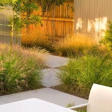 Modern Landscaping Ideas For Backyard Your Home Doesn U0027t Need A Modern Exterior To Have A Modern