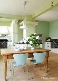 peinture verte cuisine couleur cuisine harmonie de peinture verte greene chêne