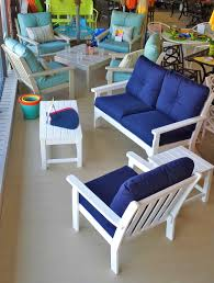 labadies patio furniture outlet store