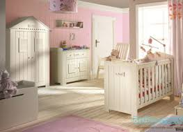 chambre complete bebe chambre bébé evolutive complète en bois massif baby mania com