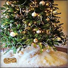 faux fur tree skirt balsam hill lodge faux fur tree skirt 72 inches