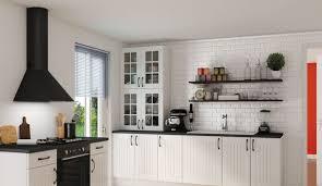 vitrine pour cuisine cuisine blanche 13 photos de cuisinistes côté maison