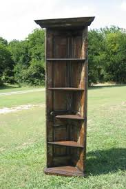 Corner Bookcase Woodworking Plans by Best 25 Wooden Corner Shelf Ideas On Pinterest Corner Shelves