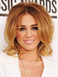 textured shoulder length hair 5 attractive hairstyles for medium length hair